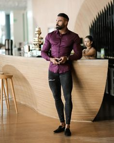 Stylish Mens Outfits, Casual Outfits, Men Casual, Smart Men, Satin Shirt, Muscular Men, Tights Outfit, Mens Fitness, Gym Men