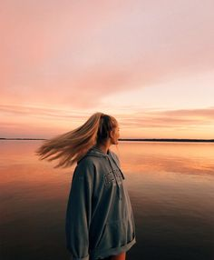VSCO - relatablemoods - # and - Fotografie Ideen - Summer Photos, Beach Photos, Girl Beach Pictures, Cool Photos, Lake Photos, Happy Photos, Pretty Photos, Cool Pictures, Beautiful Pictures