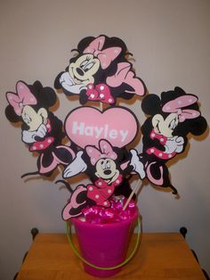 minnie mouse party ideas | MINNIE MOUSE BIRTHDAY party centerpiece by BeyondBalloons on Etsy