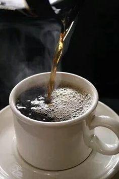 Upotettu kuva Coffee World, Coffee Is Life, I Love Coffee, Coffee Break, Morning Coffee, Coffee Lovers, Black Coffee, Coffee Cafe, Coffee Drinks