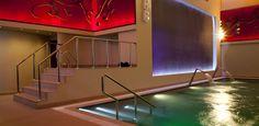 Swimming Pool at 5 star hotel: Al Faisaliah Hotel. This hotel's address is: King Fahad Road Olaya Riyadh 11491 and have 330 rooms Whirlpool Bathtub, Jeddah, Riyadh, Smoking Room, 5 Star Hotels, Front Desk, Car Parking, Swimming Pools, Stairs