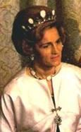 Ruth, Countess of Rosenborg and wife of Prince Flemming Valdemar, Count of Rosenborg, wearing the Opal and Amethyst Parure, Denmark (20th c.; opals, amethysts). Remade from Princess Marie of Orléans' Opal Parure.