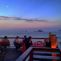 "by http://ift.tt/1OJSkeg - Sardegna turismo by italylandscape.com #traveloffers #holiday | ""Having dinner at sunset""  #tomaristorante #toma #santamarianavarrese #sardegna #sardinia #lanuovasardegna #sunset #dinner #food #reataurant #romantic #landscape #spring #nature #sky #sun #beach #beautiful #sunset #blue #night #twilight #photooftheday #love #landscape_lovers #skylovers #dusk #weather #day #red Foto presente anche su http://ift.tt/1tOf9XD 