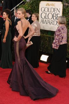 My absolute favoite Golden Globes dress: Taylor Swift (wearing Donna Karan)