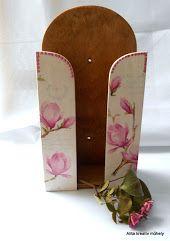 Falra szerelhető papírzsebkendő tartó