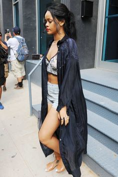 Rihanna Went Apartment-Hunting in a Bathrobe