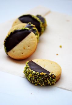 Orange Shortbread with Dark Chocolate and Pistachios #food #recipe