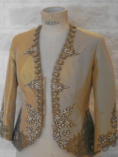 Art of Tailoring Couture Fashion, Hijab Fashion, Pakistani Wedding Outfits, Custom Made Clothing, Gown Pattern, Costume Shop, Oriental Fashion, Sequin Fabric, Types Of Dresses