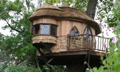 Amberley Castle / Blue Forest Tree Houses, Eco-lodges and Sustainable Buildings