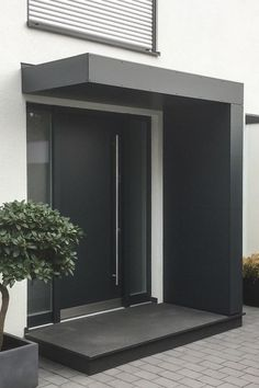 Entrance roofing / canopy for front doors from Siebau in L-shape. - Entrance roofing / canopy for front doors from Siebau in L-shape. Clad with facade panels - Front Door Entrance, House Entrance, Beautiful Front Doors, Modern Entrance, Door Canopy, Canopy Design, House Inside, Facade, New Homes