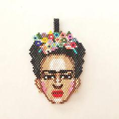Yeni hobim miyuki boncuklar ile tasarım-Frida Kahlo #miyuki #miyukibeads #miyukiboncuk #peyote #miyukidelica #fridakahlo #handmade #fashion #accessories #moda #taki #tasarım #elfidetaki #necklace #