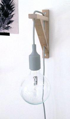 Voor naast het bed. Goedkope Ikea hack