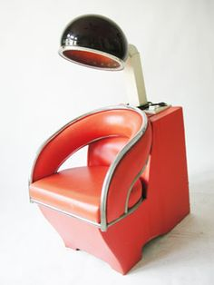 """Retro salon chair- reminds of when our mom would take me and my sister Pat to the salon with her weekly so she could get her hair done for the week. She called it getting her hair """"set"""" too funny. Hair Salon Chairs, Vintage Hair Salons, House Of Beauty, Beauty Shop, Salon Design, Vintage Hairstyles, Vintage Beauty, Retro Vintage, Salon Ideas"""