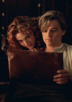"""hollywoodlady: """"Kate Winslet and Leonardo DiCaprio in Titanic, 1997 """" Titanic Leonardo Dicaprio, Young Leonardo Dicaprio, Titanic Le Film, Rms Titanic, Titanic Movie Scenes, Titanic Movie Facts, Titanic Boat, Titanic Quotes, Titanic Ship"""