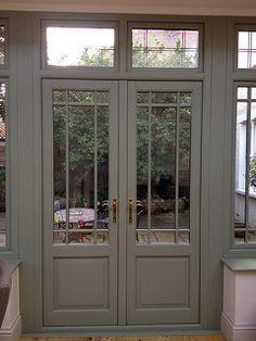 French doors Hardwood French doors - would love for my front door !Hardwood French doors - would love for my front door ! Front Door Entrance, Door Entryway, Exterior Front Doors, Front Door Colors, Glass Front Door, Entry Doors, Front Entry, Green Glass Door, Pine Doors