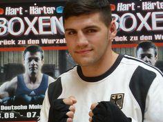 """Artur Mann: """"Ich bin seit meiner Kindheit fasziniert vom Boxsport und möchte es zu meinem Beruf machen!"""""""