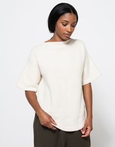 Dovetail Pull-over in white