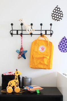 Onnille kerhorepuksi kettureppu :) (Ja äiteel kans, mut ei kerhoa varten :DDD) Edit. Löytyy jo Onnilta :) When You Were Young, New Things To Learn, Paint Cans, Cool Rooms, Your Child, Baby Room, Have Fun, Kids Room, Colours