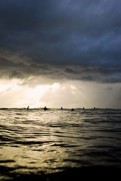 Group surfing