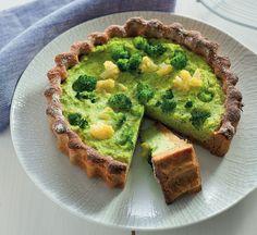 Quiche di patate con cavolfiore, caciotta e broccoletti