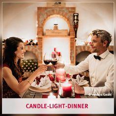 Mehr Zeit statt mehr Zeug: Schenke Gemeinsamzeit! Was heutzutage wirklich zählt, sind besondere Momente mit Lieblingsmenschen.  Wie wäre es zum Beispiel mit einem Candle-Light-Dinner? Dieses Erlebnis sorgt definitiv für Gemeinsamzeit, die in Erinnerung bleibt.