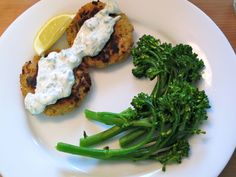 Recipe Review: Eating Well's Easy Salmon Cakes with Creamy Dill Sauce