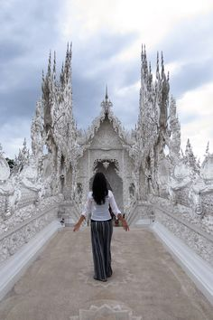 Learn how to make the most of 24 hours in Chiang Rai, Thailand. Click on link to read about the best attractions in this amazing town.