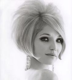 Ellen Barkin...60's style