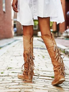 Free People Fringe Moccasin Boot at Free People Clothing Boutique Mode Hippie, Hippie Chic, Boho Chic, Fringe Moccasin Boots, Fringe Boots, Fringe Sandals, Over Boots, Boho Shoes, Look Boho