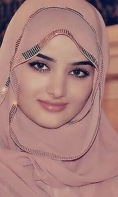 Arab Girls Hijab, Muslim Girls, Hijabi Girl, Girl Hijab, Beautiful Muslim Women, Beautiful Hijab, Moslem, Muslim Beauty, Arabian Beauty