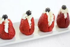 Stuffed Strawberries- HEALTHY ALTERNATIVE 1/2 Frosting 1/2 Greek Yogurt...