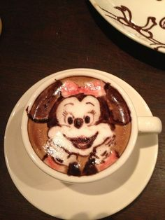 Artist: Mattsun - Minnie Mouse Latte art
