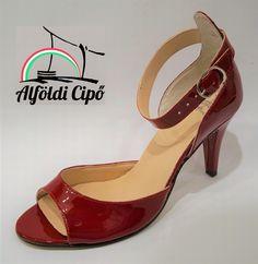 Alföldi Cipőbolt - alföldi cipők - alföldi papucsok - csizmák - saruk - bakancsok - néptánc cipők Kitten Heels, Shoes, Fashion, Moda, Zapatos, Shoes Outlet, Fashion Styles, Shoe, Footwear