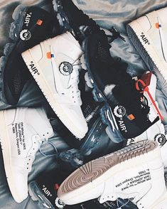 Nike. Off-white. Best Sneakers, Nike Sneakers, Your Shoes, Men's Shoes, Jordan 1, Jordan Shoes, Runway Fashion, Fashion Tips, Fashion Models
