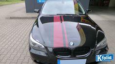 Rallystreifen an einem BMW. #Kfolia #BMW #Autofolierung #Vollfolierung #Teilfolierung #Fahrzeugbeschriftung
