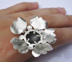 Michelle Pujol Contemporary jewellery