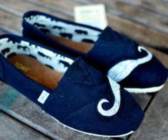 I dont normally like toms but these shoes are Breakin' it Up