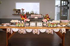Shabby Chic, Vintage Glam Bridal/Wedding Shower Party Ideas | Photo 6 of 32 | Catch My Party
