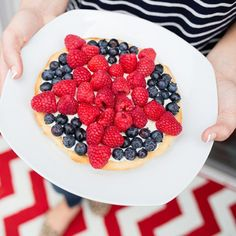 25 Red, White and Blue Desserts Yummy Treats, Delicious Desserts, Recipe Cup, Blue Desserts, Green Bean Recipes, Skinny Mom, 300 Calories, Different Recipes, Holiday Baking