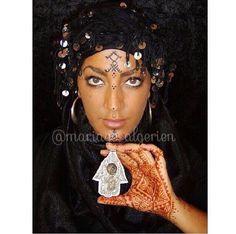 Algerian Fashion: black sahraoui dress