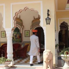 It feels like every single place in India has a beautiful story to tell.  Originally built in 1892, the Alsisar Haveli in Jaipur is owned by the branch of the Shekhawat clan of Rajput, the descendants of Rao Shekhaji, the grandson of Maharaja Udaikaran of Amer. The area under their control came to be known as Shekhawati.  Located in the heart of the pink city, the Shekhawats turned their old mansion into a modern day Heritage Hotel in 1993. Inspired by the finest of traditional Rajput…