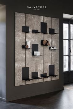 This retail design has nice neutral tones and they make the white and the products pop out so thats Shelf Design, Display Design, Wall Design, Design Design, Design Ideas, Interior Design Minimalist, Office Interior Design, Interior Shop, Shop Interiors