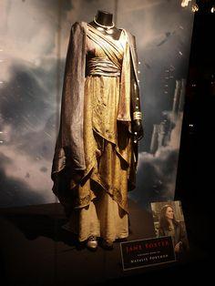 Costume worn by Natalie Portman as Jane Foster in Thor: The Dark World (2013).