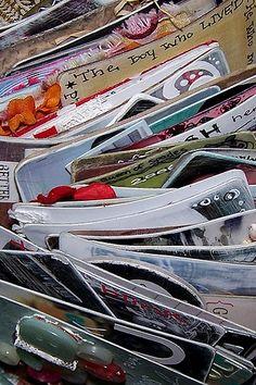 http://oneyearartjournal.blogspot.com/search/label/ideas Awesome Journal How to ideas