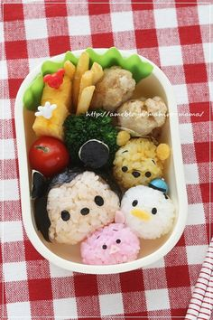 Goldilocks & the Three Bears Bento. Find out how you can win the stainless steel bento box used in this photo! Lunch Box Bento, Cute Bento Boxes, Lunch Boxes, Japanese Food Art, Japanese Sweets, Japanese Lunch, Rilakkuma, Cute Food Art, Kawaii Bento