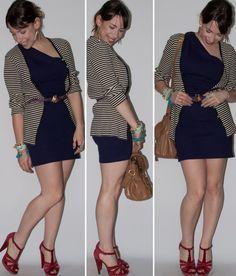 Look do dia no blog de moda: como usar vestido de um ombro só com cardigan e cinto por cima. Vestido roxo com cardigan estampado. Blog de moda
