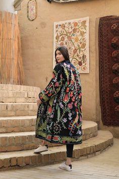 Kaftan, Long Jackets, Embroidered Silk, Printed Cotton, Clothes, Beautiful, Guy Fashion, Fashion Wear, Winter Fashion