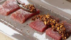 Rauwe tonijn met pijnboompittentapenade