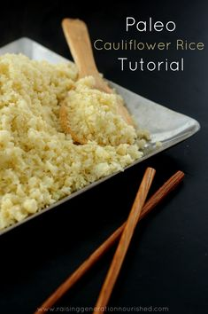 How to Make Perfect Cauliflower Rice :: A Grain-Free, Paleo Alternative To Rice … Low Carb Vegetarian Recipes, No Carb Recipes, Whole Food Recipes, Cooking Recipes, Healthy Recipes, Paleo Cauliflower Rice, Low Carb Side Dishes, Eat To Live, How To Eat Paleo