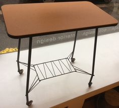 TV-taso 50-luvulta . TV-table from '50s (high 73 wide 74 deep 42.5 cm) SOLD